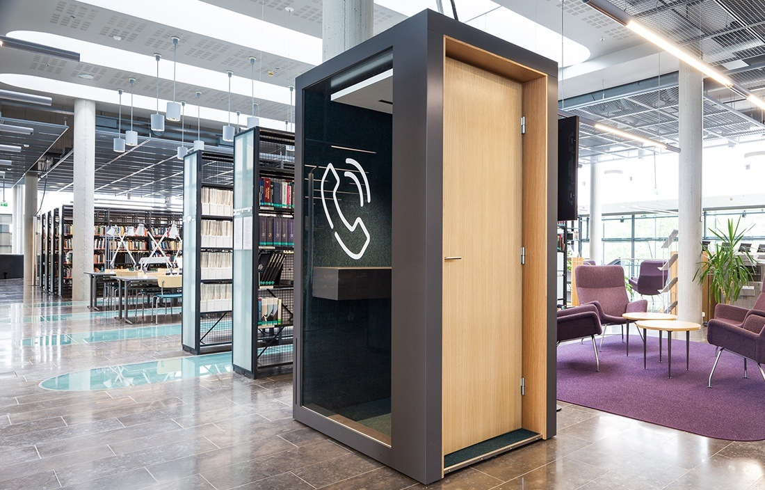 Activity-based office: high quality phone booth - INTO the Nordic Silence